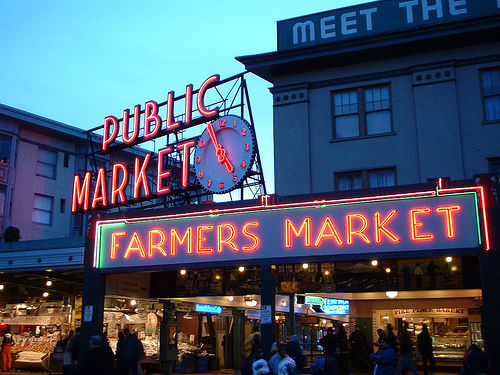 Sara b consulting fresh fish from seattle 39 s pike place for Fish market in seattle
