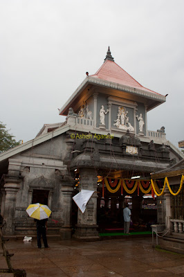 Exterior architecture of the Mangueshi Temple in Goa