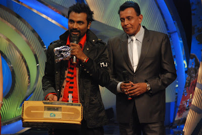 Mithun da gifts Remo his old radio set