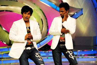 Dharmesh & Siddhesh dance to Lift Kara De 2 on Dance India Dance on Zee TV