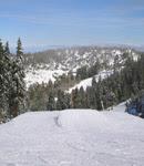 ココから先がちょっとしたジャンプが出来、正面の山を見ながら滑るのは最高!