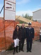 Le Autorità e tecnici sovrintendono i lavori di ricostruzione di Monterotaro.,