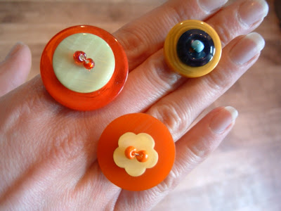 اشغال بالازرار button+rings+and