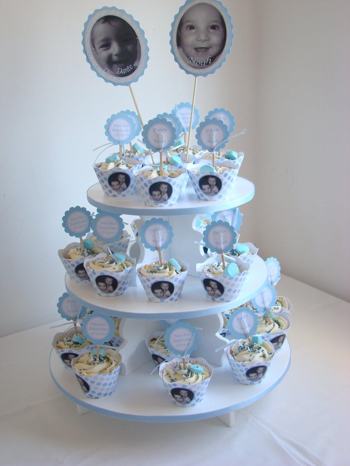 Cupcakes by dulce tentacion torre de cupcakes para bautismo - Decoracion para bautismo varon ...