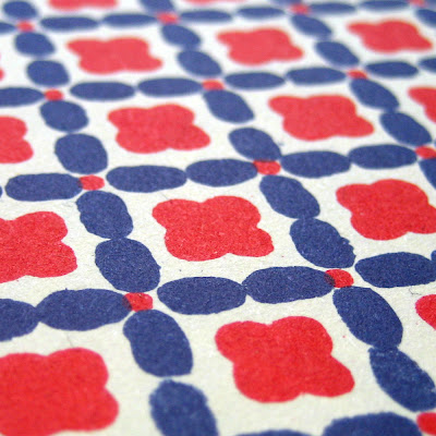 Carta Varese - Red and Blue Flowers - Patterned Paper Detail