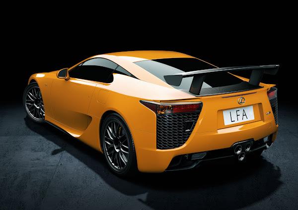 Lexus Introduces 2012 LFA Nürburgring Package back