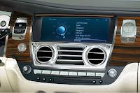 Rolls-Royce Ghost interior detail