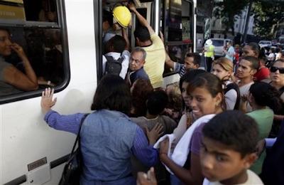 Un apagón deja sin energía temporalmente a Caracas y al occidente del país