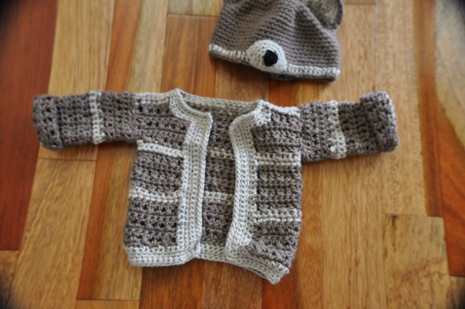 Free Crochet Pattern For Easy Baby Sweater : the jilted ballerina: June 2010