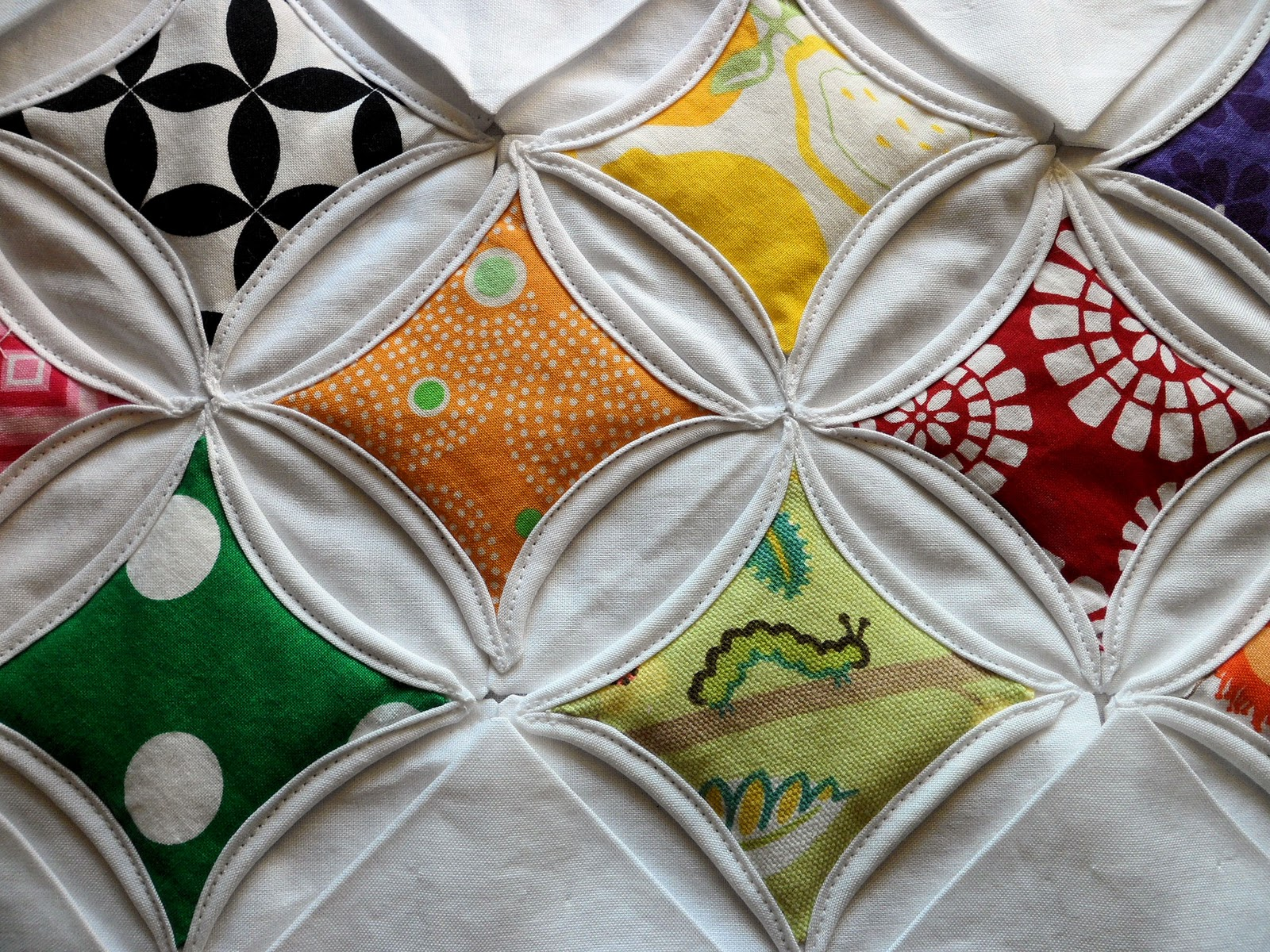 crafts lessons: cathedral window quilt tutorial, sewing patterns