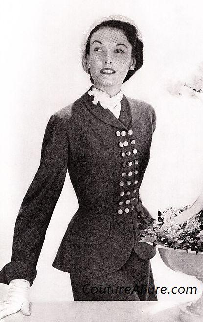 Womens Vintage Suits 46