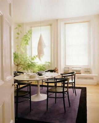 Conran+dining+10 06+p45 yemek masası renkleri