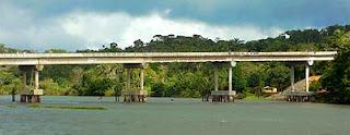 Ponte sobre o Rio de Contas