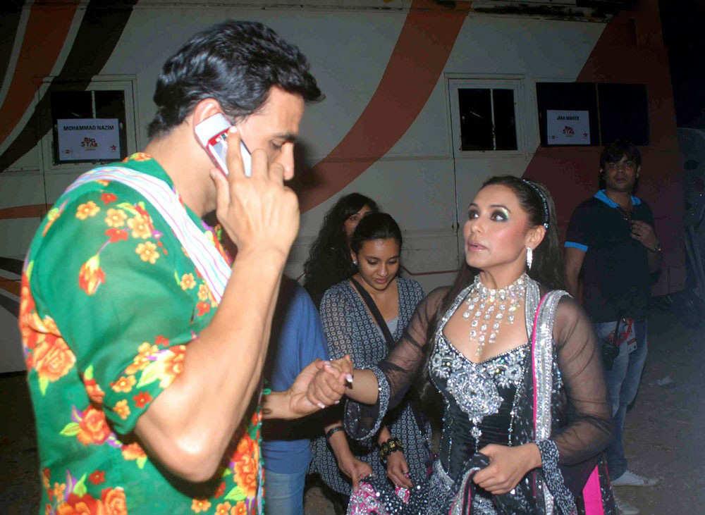 bollywood stars at big star entertainment awards
