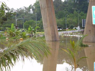 Lagi Cerita Banjir Di Temerloh.