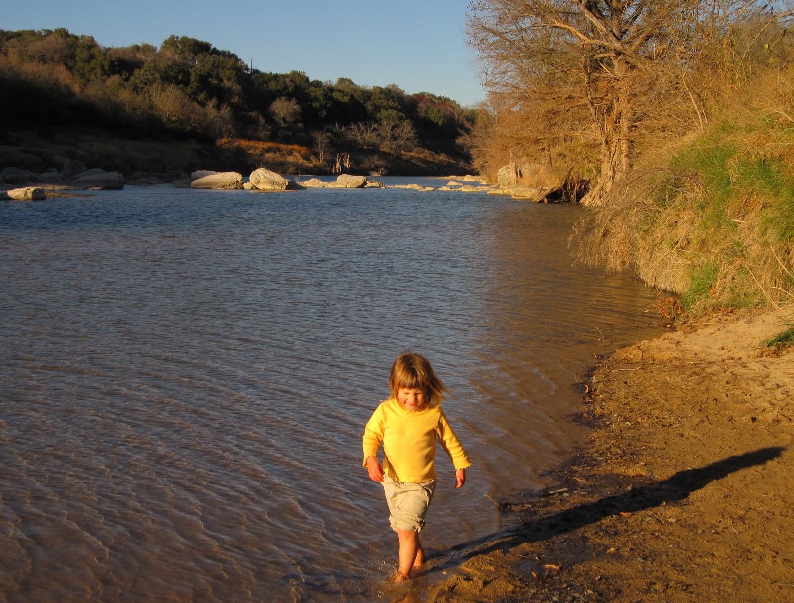The Hikemasters' Trail Descriptions: 12/01/2010 01/01/2011 #C89703