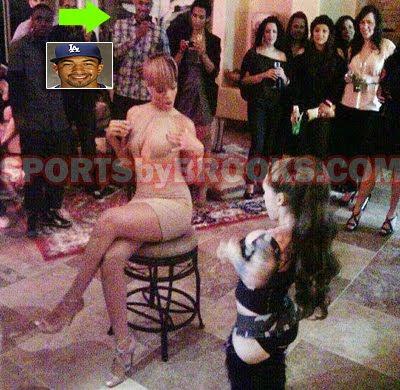 Rihanna's got her a midget stripper. You go Matt Kemp!
