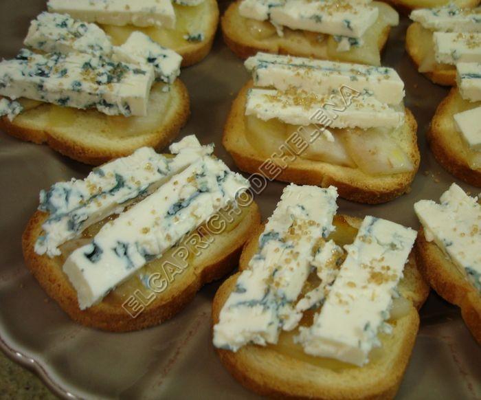 pinchos queso azul