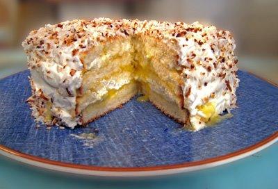 [daring+baker+perfect+party+cake.jpg]