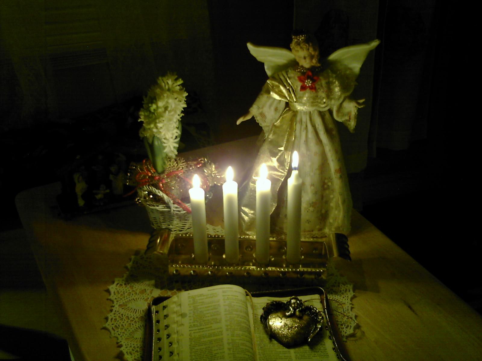 [neljäs+kynttilä+19.12.09+2]