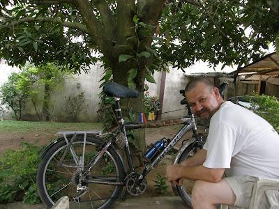 Paris helped me to repair my bike.