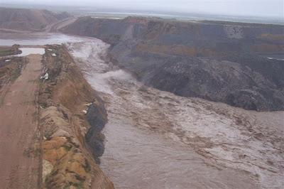 Nogoa river mining