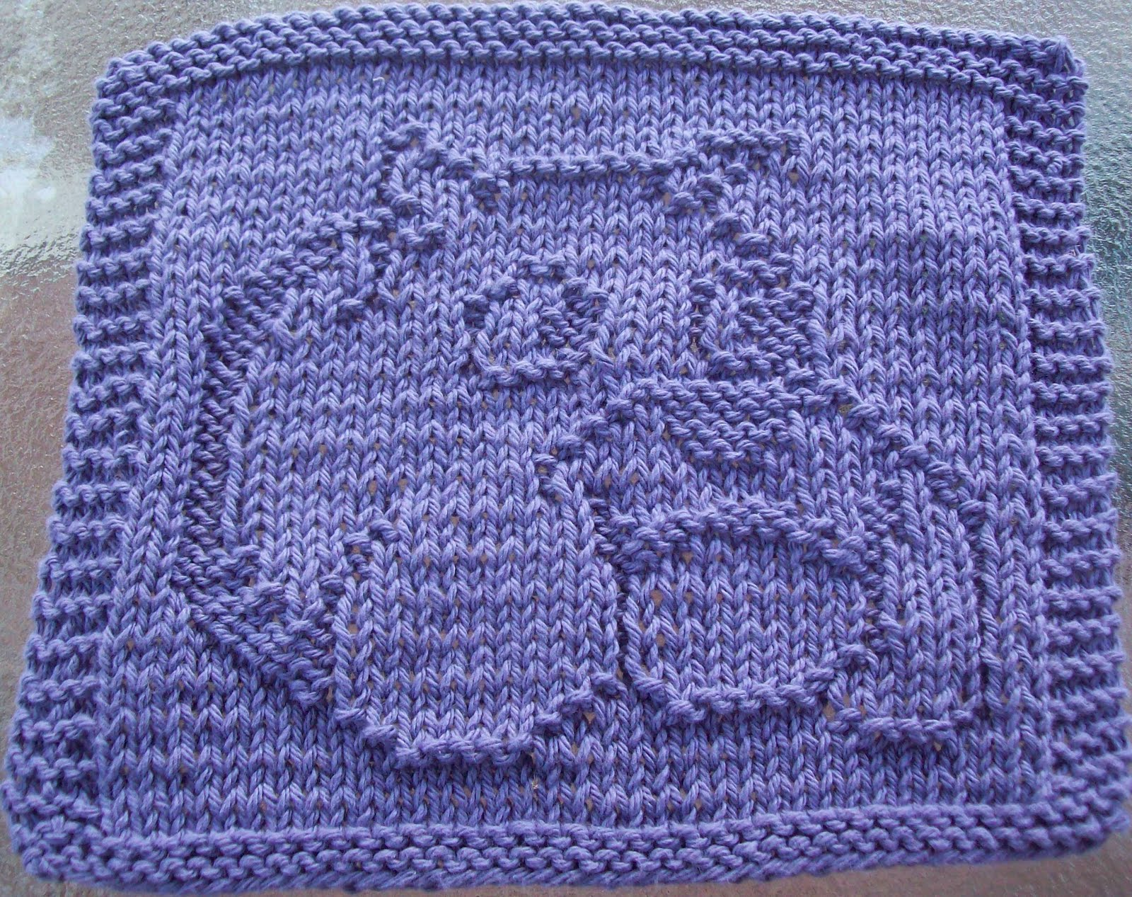 Knitted Dishcloth Patterns : DigKnitty Designs: Bulldog Knit Dishcloth Pattern