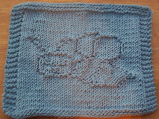 Free Dog Patterns To Knit : DigKnitty Designs: Bumble Bee Knit Dishcloth Pattern