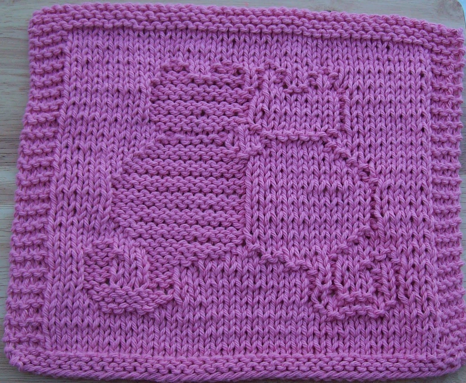 Knit Dishcloth Pattern Free : DigKnitty Designs: Snuggling Cats Knit Dishcloth Pattern