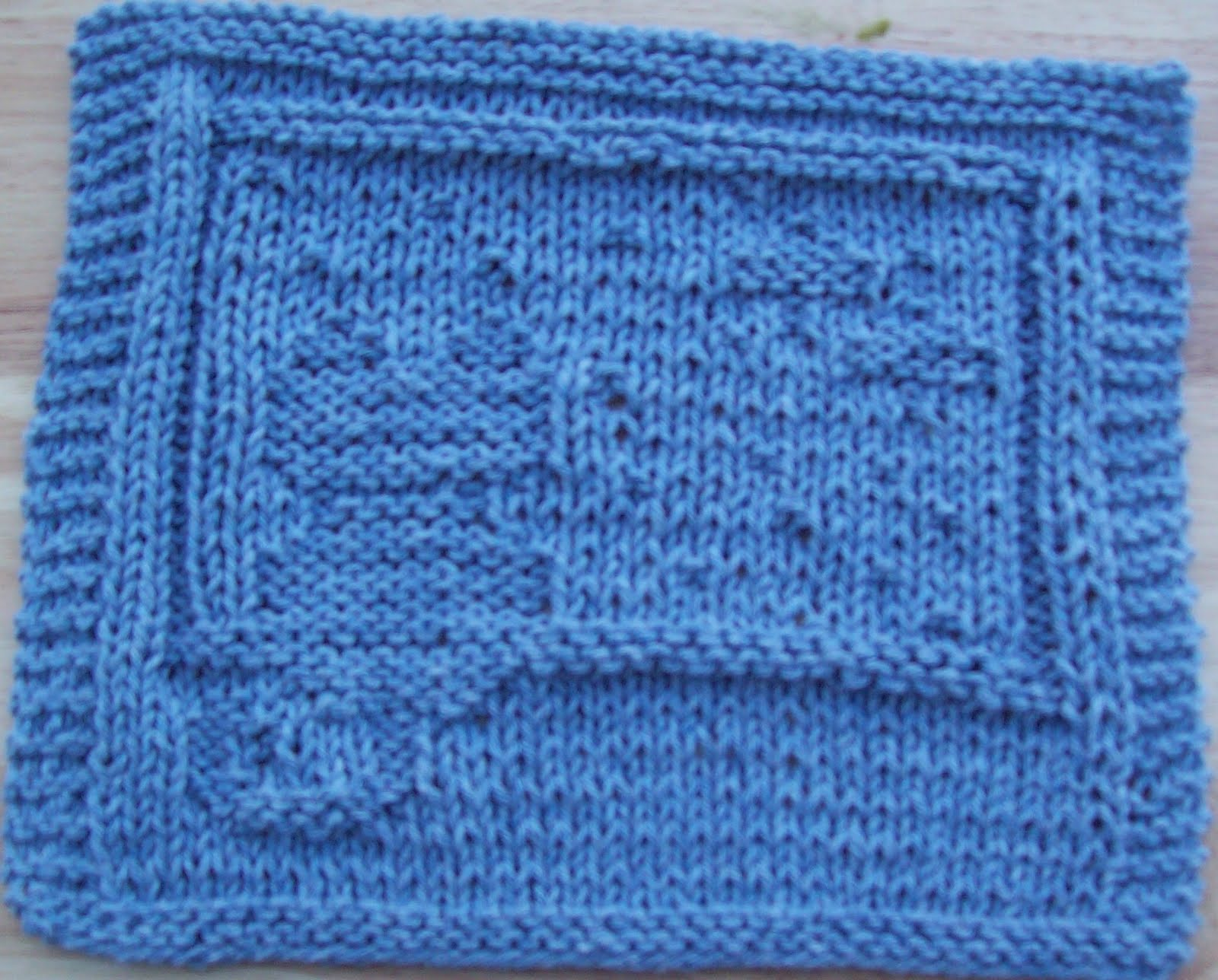 Knitted Dalek Pattern : DigKnitty Designs: Cat looking out of Window Knit Dishcloth Pattern