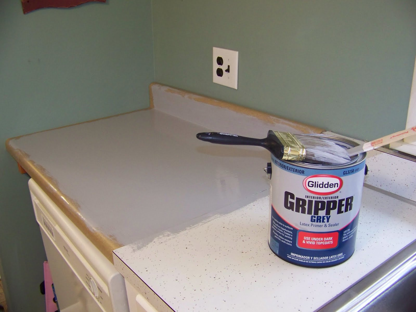 Valspar Countertop Paint : ... walls, cabinets, and sinks that would be exposed to the spray paint