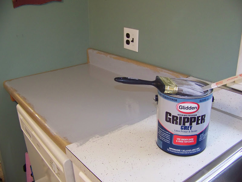 How to Spray Paint Kitchen Countertops