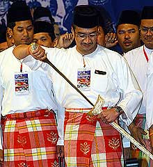 Keris wielding at the UMNO assembly