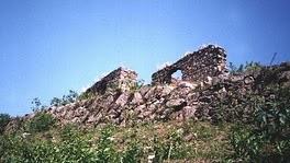 Ruinas da Igreja de Nossa Senhora da Estrela dos Mares.