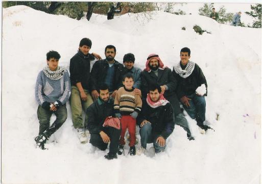 صورة نادرة لصقر الكتائب مع صحبه
