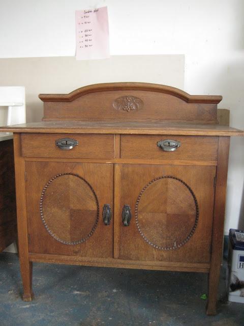 Vintage House Lite möbler till salu