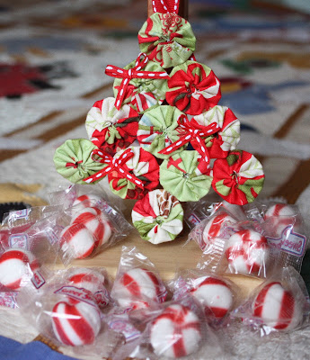 yo – yo christmas tree