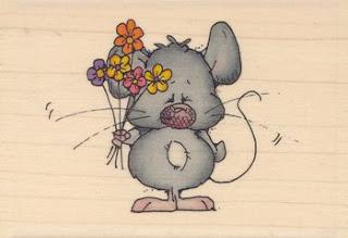 Happy Birthday Tarnkappe Maus+Blumenstrauss