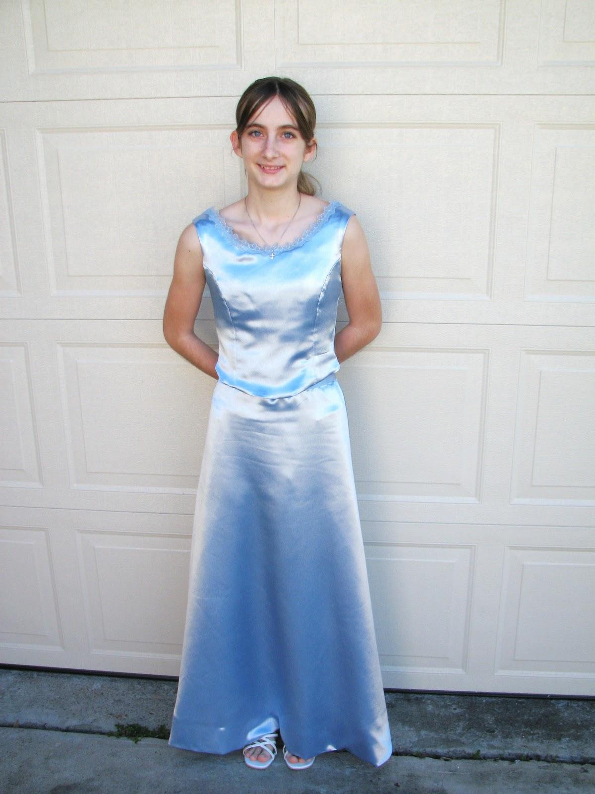 Rebekkah\'s Renaissance Creations: Modest 8th grade formal