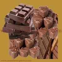 Chocolate faz bem à saúde, porém tem muitas calorias, deve ser comido sem exageros.