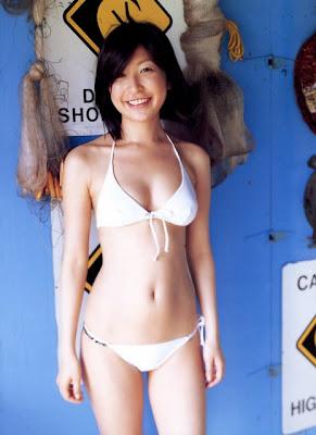 Japanese Bikini Girl Ono Mayumi Pictures
