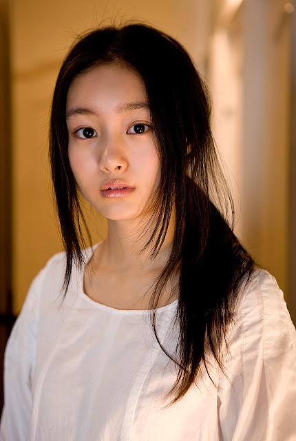 Kutsuna Shiori - 69.1KB