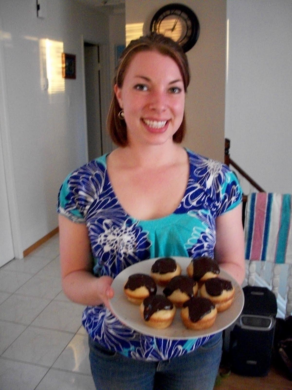 Envirocraftiness: Martha Stewart Boston Cream Pie Cupcakes