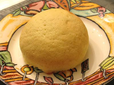 家庭煮夫的玉膳坊: 來自北海道的菠蘿麵包