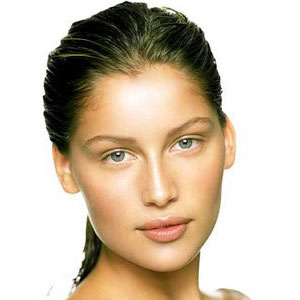 Laetitia Casta Teeth