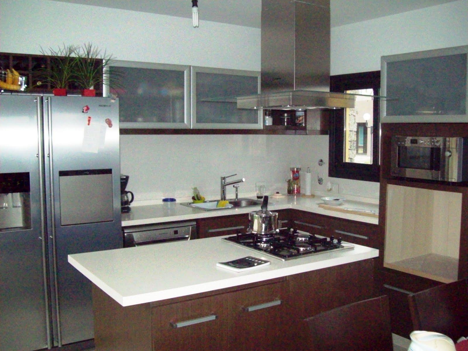 Ag amoblamientos cocinas y vestidores isla central for Planos de cocina en isla