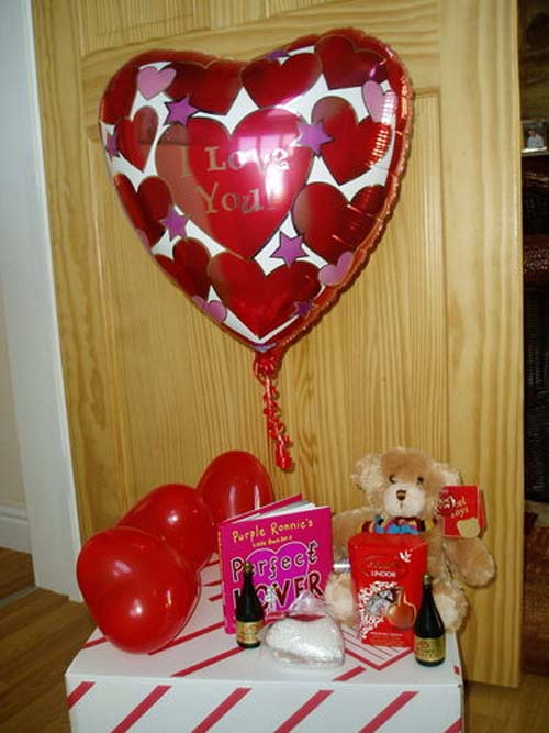 Future Dream House Design: Romantic Valentine Day for Your Home ...