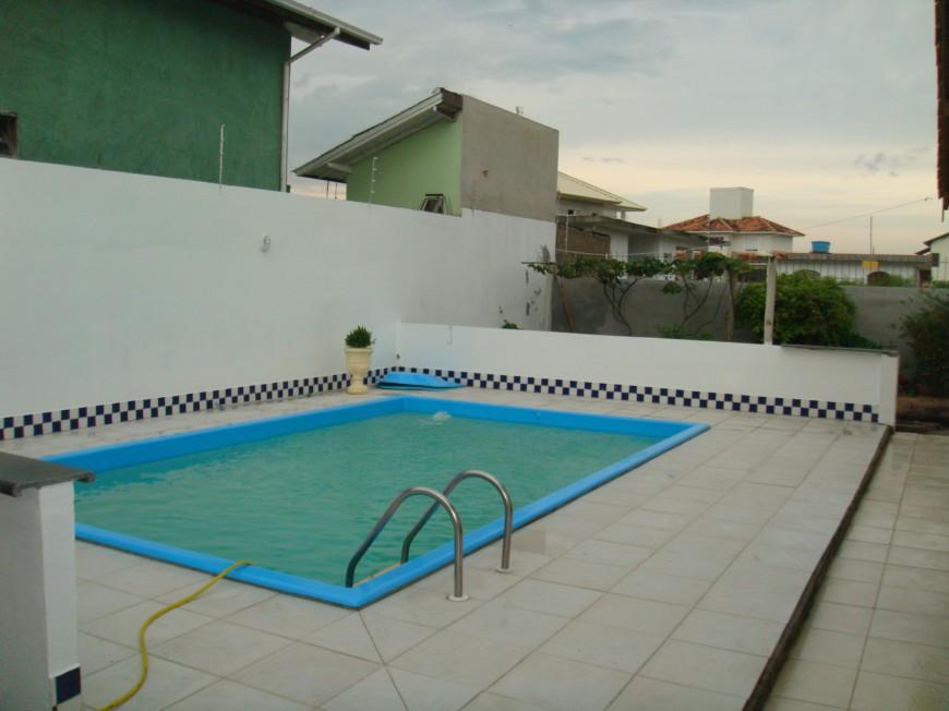 Casa em florianopolis piscina for Piscina 5 metros diametro