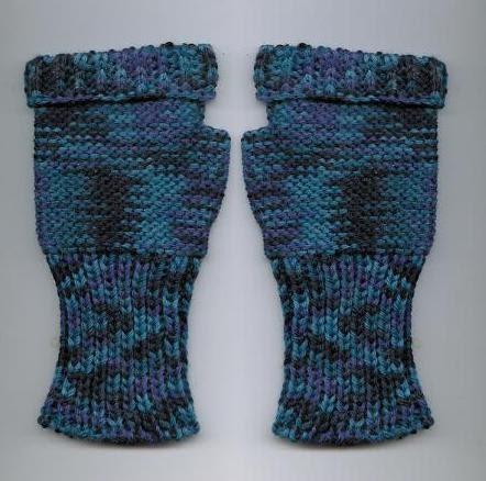 Knitting Machine Pattern : Marzipanknits: Free Machine Knitting Pattern