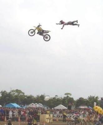 Moto + Motoqueiro FAIL
